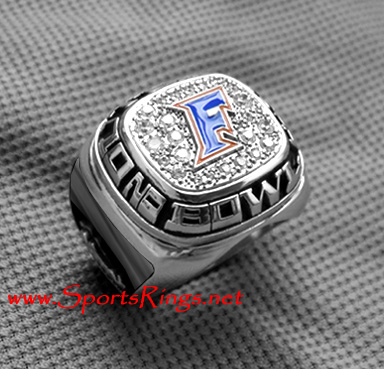 "2010 UF Gators Football ""Outback Bowl Championship"" Authentic Player's Ring"