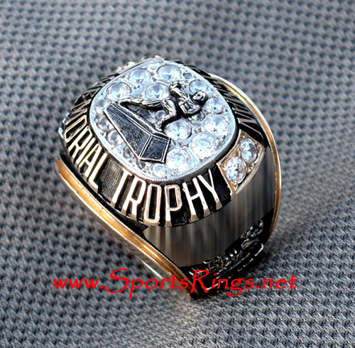 "1990 ""Heisman Memorial Trophy"" 10K Ring"