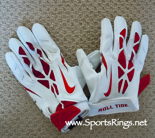 2014 Alabama Crimson Tide Football Player Game Worn Nike Gloves